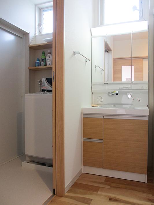洗面所は脱衣室から独立させて。