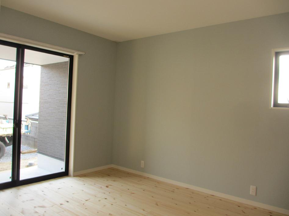 1階南側の洋室。