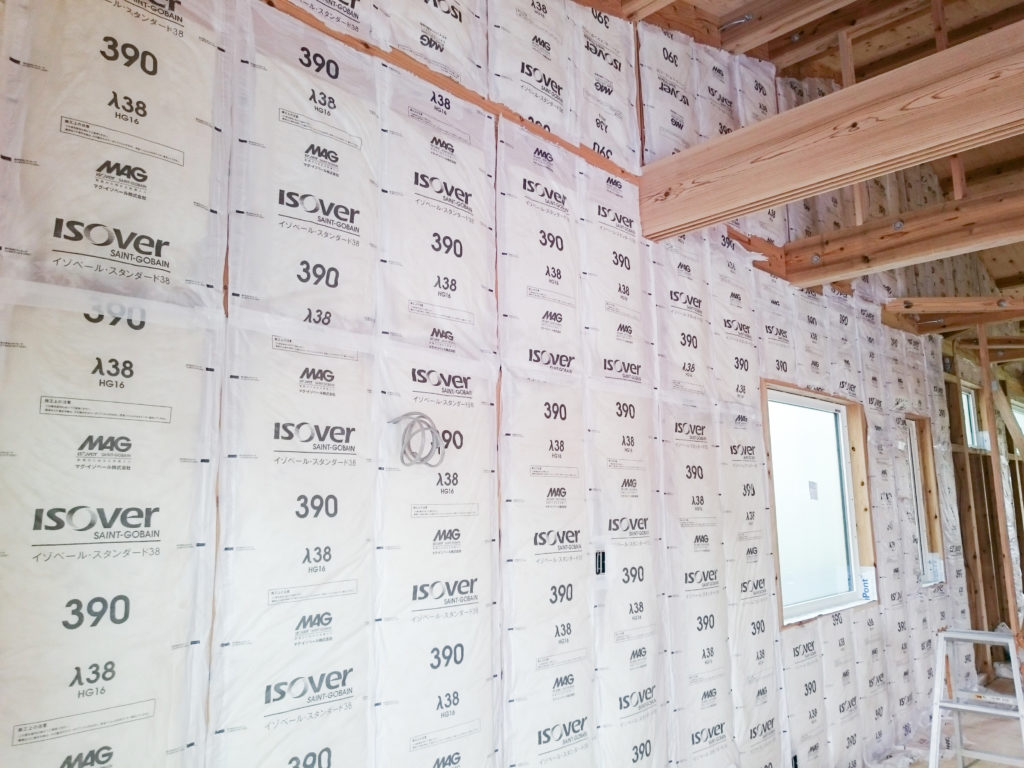 壁内断熱 高性能グラスウール16kg(U値=0.038W/K)厚さ105㎜